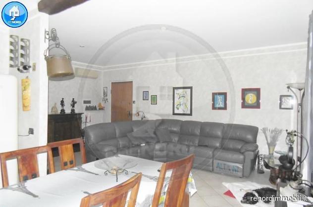 Rif CC3117 – CURA CARPIGNANO – Appartamento di 3 locali oltre giardino