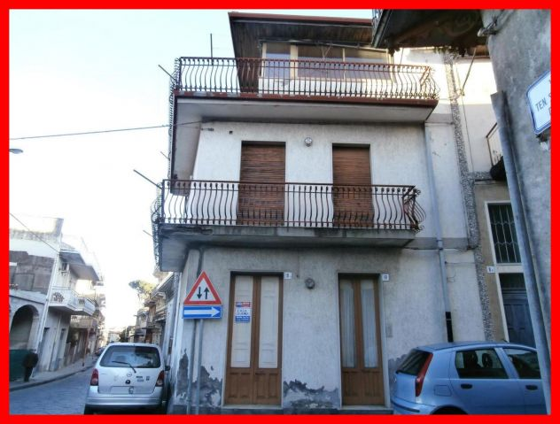 Casa Singola ad Aci Sant'Antonio