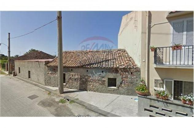 Casa indipendente di 63 m² con 4 locali in vendita