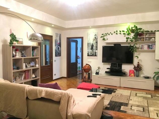 Appartamento di 145 m² con 4 locali e box auto doppio