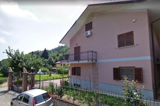 Villa di 360 m² con più di 5 locali e box