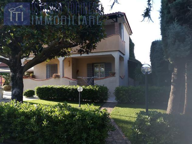 RifITI 013-AA33920 – Villetta bifamiliare in Vendita a Giugliano in Campania