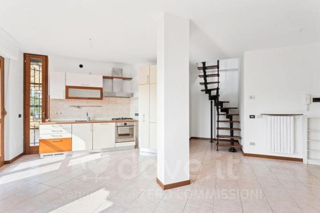 Appartamento di 102 m² con 3 locali in vendita a Monza