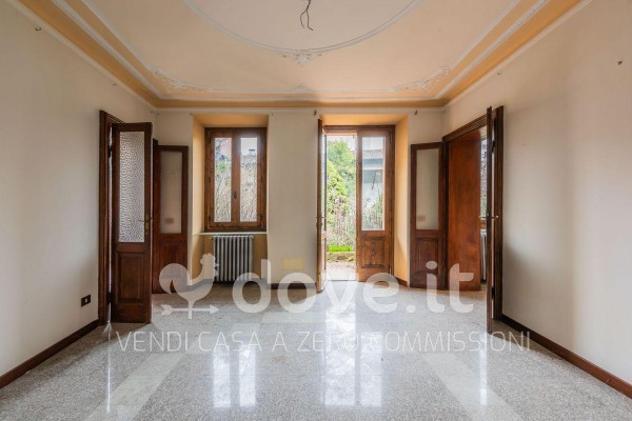 Casa indipendente di 1206 m² con più di 5 locali