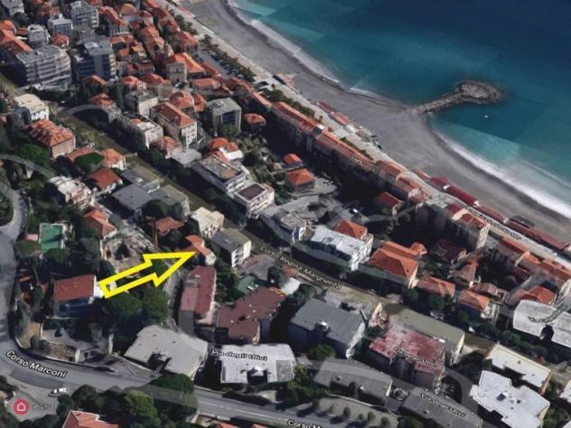 Villa di 440mq in via degli Ulivi, 16 a Ospedaletti