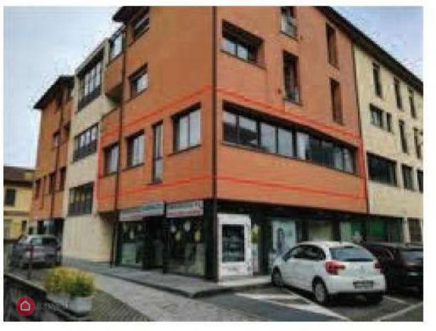 Appartamento di 110mq in Via Statale Per Lecco 51