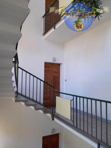 MONTEFIORE DELL'ASO-Appartamento 3 camere garage e balcone