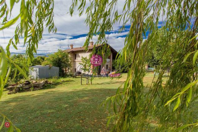 Rustico/Casale di 190mq a Agazzano