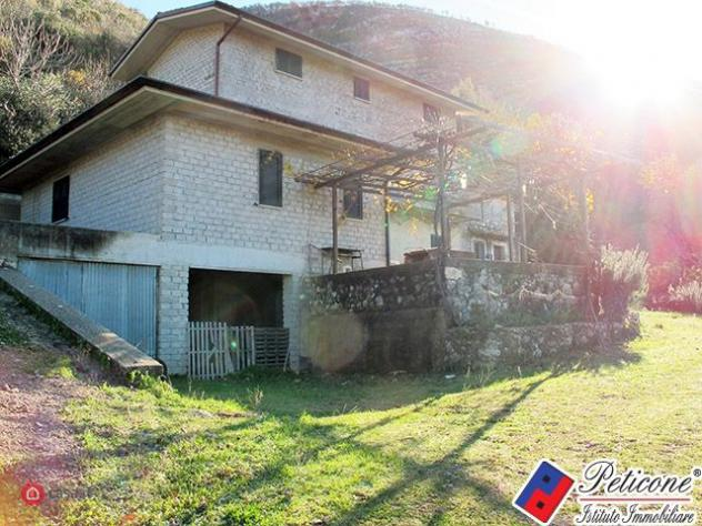 Casa indipendente di 200mq in Via Valle Fosca 16