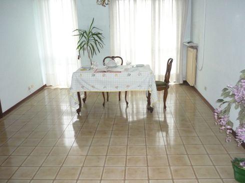 MODENA San Faustino Appartamento con 2 camere 2 bagni
