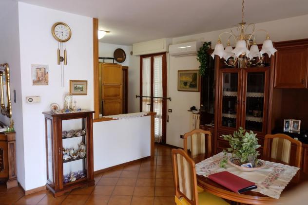 Appartamento in vendita a Monsummano Terme 75 mq Rif: 972292