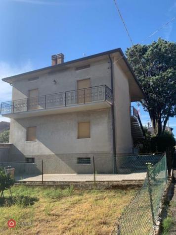 Casa indipendente di 200mq in collestrada a Perugia