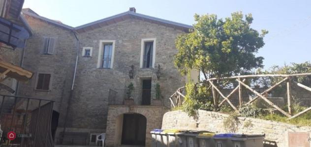 Porzione di casa di 200mq in castel d'arno a Perugia