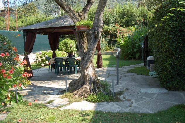 Villetta bifamiliare in vendita a MIRTETO – Massa 140 mq Rif: