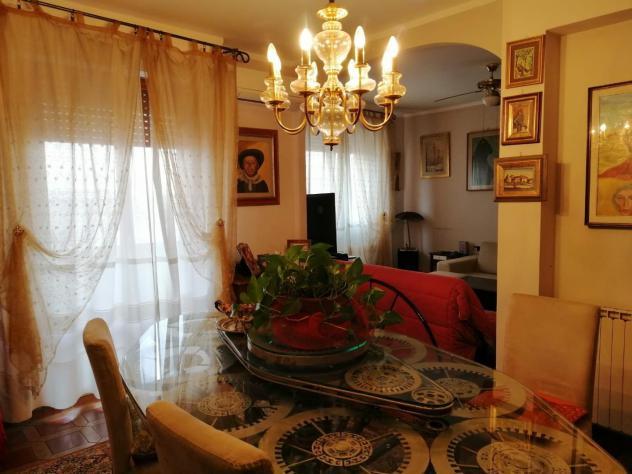 Appartamento in vendita a Prato 140 mq Rif: 941922
