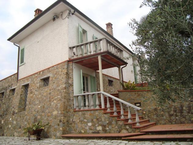 Casa singola in vendita a MONTEVETTOLINI – Monsummano Terme 470 mq