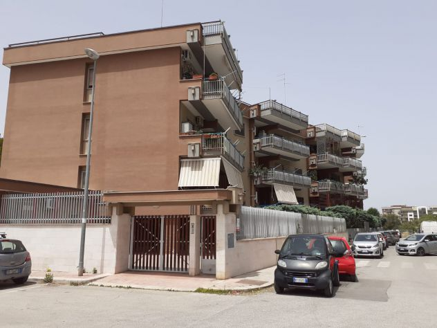 San Pasquale Alta quadrivani in complesso con posto auto