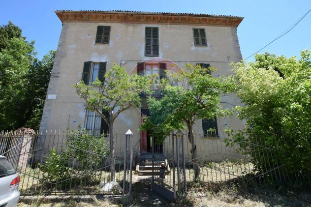Rif21711241-459 – Casa indipendente in Vendita a Brignano-Frascata di 602 mq