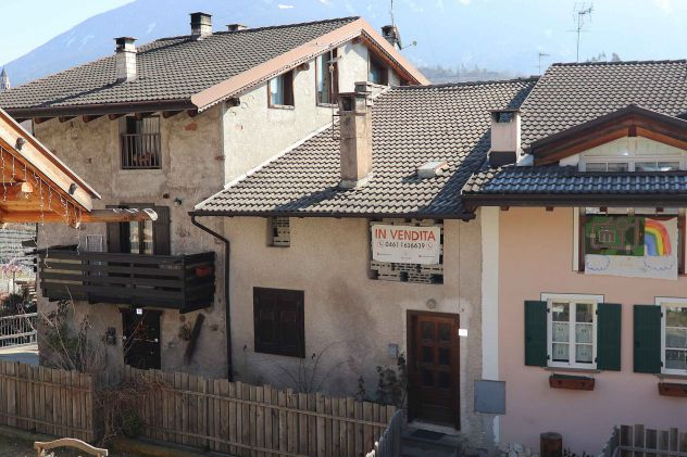 Baselga di Pinè porzione di casa da ristrutturare