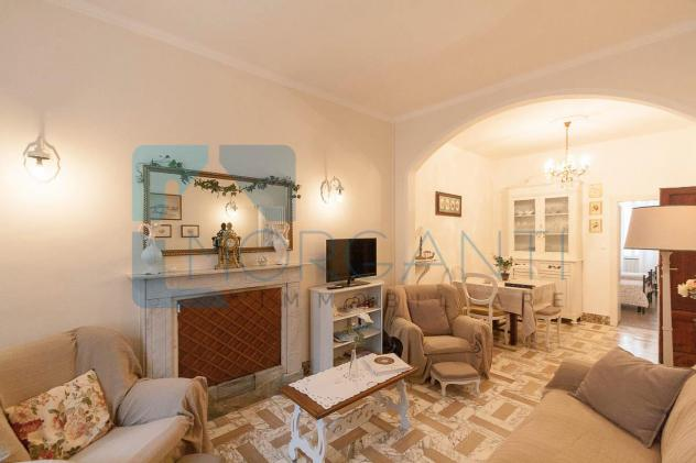 Appartamento in vendita a Pietrasanta 100 mq Rif: 653141
