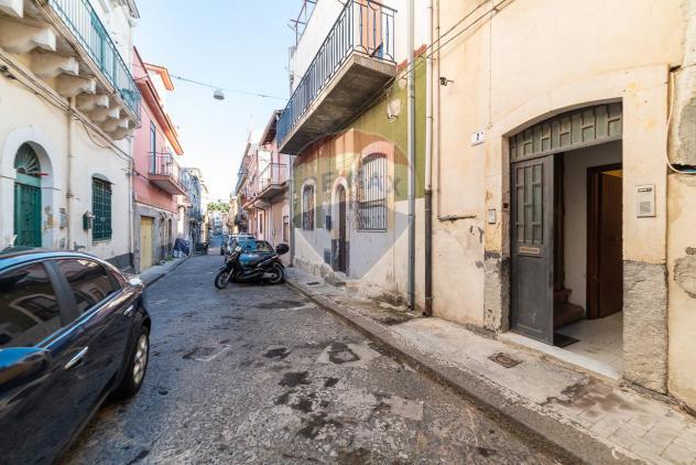 Rif30721045-272 – Casa Semindipendente in Vendita a Catania – Piazza Palestro di