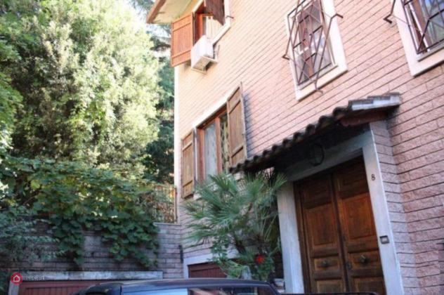 Villetta a schiera di 300mq in Via Cassia 1418 a Roma