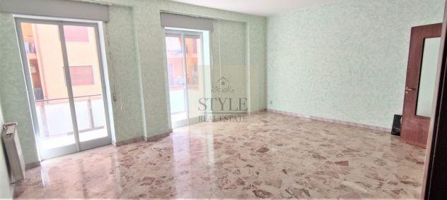 Appartamento pentalocale in vendita con terrazzino zona Borgata a Siracusa