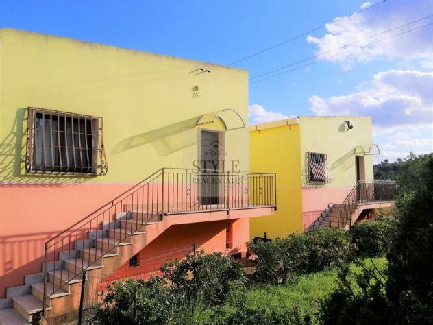 Villa con 2 unità immobiliari e spazio esterno zona tranquilla Cavasecca