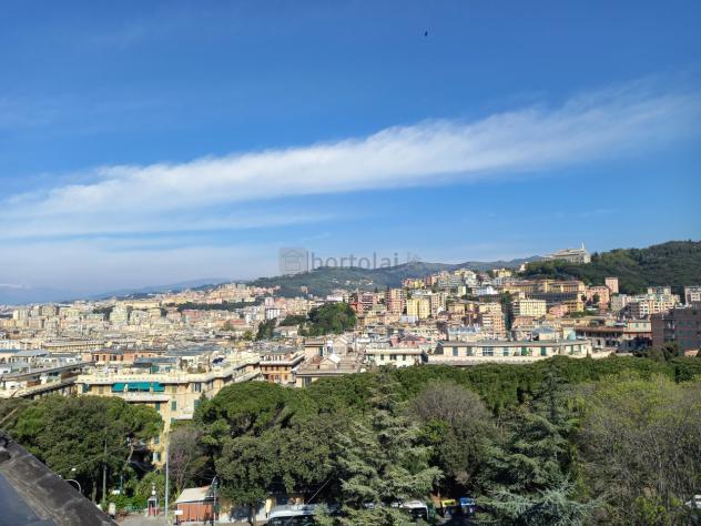 Attico in vendita a Genova, San Martino