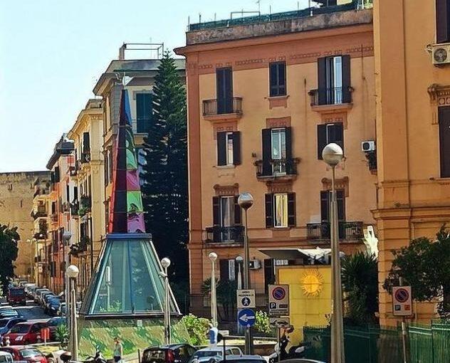 Appartamento di 140mq in Piazza Scipione Ammirato a Napoli
