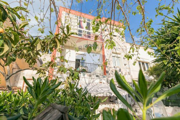 Rif33661028-69 – Casa indipendente in Vendita a Siracusa – Grottasanta di 220