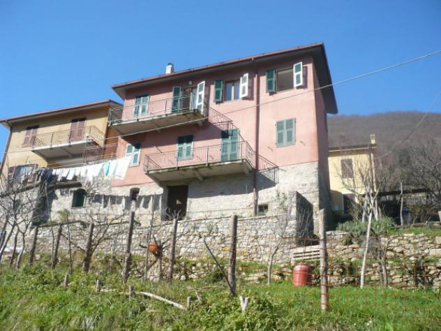 Appartamento di 90 m² con 4 locali in vendita a Riccò