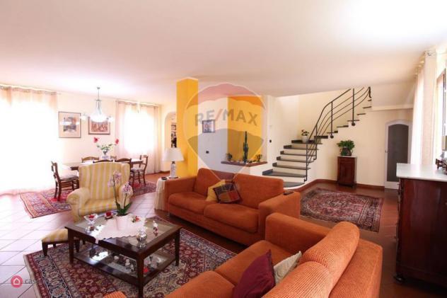 Appartamento di 201mq in Via Gioacchino Rossini 67 a Cerreto