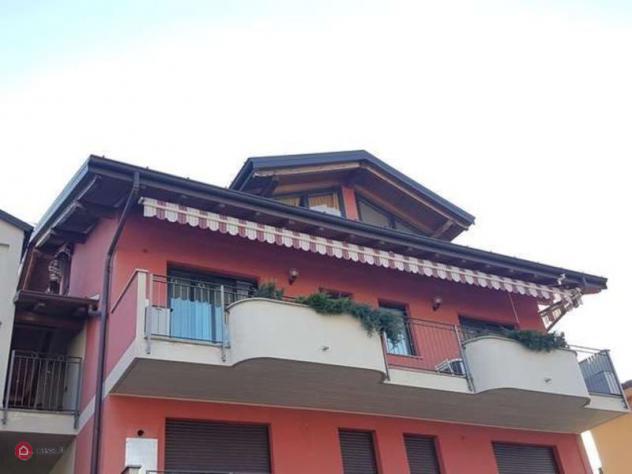 Appartamento di 90mq in Via Valcuvia 90 a Brenta