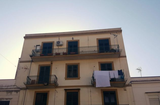 3 vani Corso Calatafimi alta
