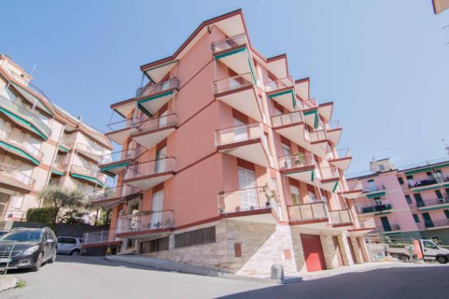 Appartamento di 50 m² con 2 locali in vendita a Varazze